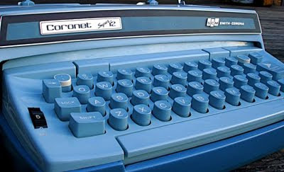 vintage-smith-corona-typewriter