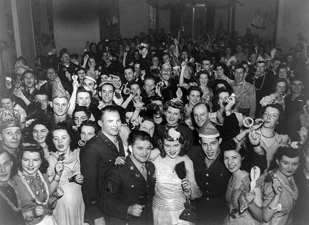 Vintage Happy Times 1940s 50s ?