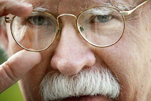 http://3.bp.blogspot.com/_TmED4DTHvIY/TGfuLKxNdWI/AAAAAAAARXY/mBiiTGRU024/s1600/John-Bolton.jpg