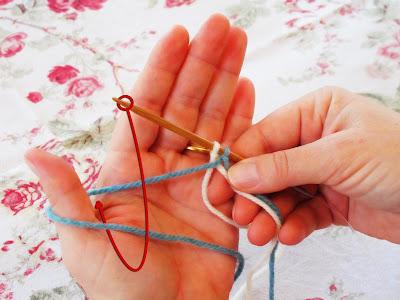 Вязание в две нитки разного цвета