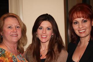 Tamra Canoe, Me (Alana), Lisa Barron  All Dallas Design Group, Interiors