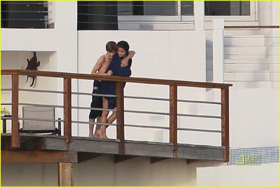justin bieber y selena gomez 2011. Justin Bieber y Selena Gómez