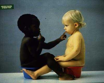 http://3.bp.blogspot.com/_TrB06CGAm5M/SGZ8RrJEccI/AAAAAAAADQI/LkLEqWG4EOM/s400/Fotografia+Benetton+Crian%C3%A7as+negra+e+branca.jpg