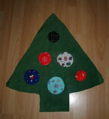 Where to Find a Green Christmas Tree Skirt - Yahoo! Voices