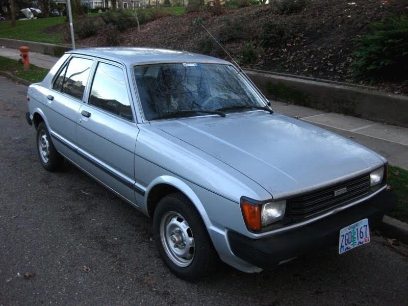 old parked cars 1981 toyota corolla tercel sedan. Black Bedroom Furniture Sets. Home Design Ideas