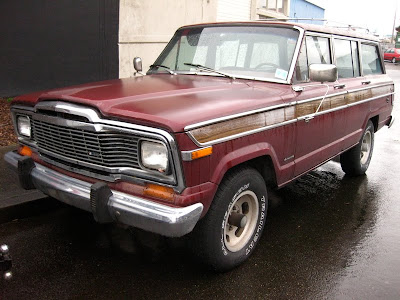 Old parked cars 1979 jeep wagoneer