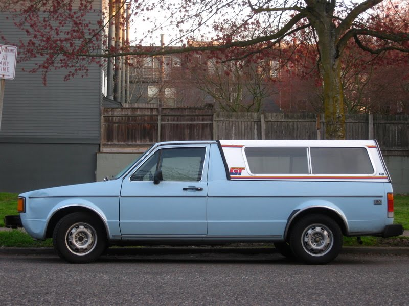 old parked cars 1982 volkswagen rabbit lx diesel pickup. Black Bedroom Furniture Sets. Home Design Ideas