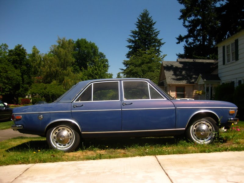 1976 Audi 100 LS (since mid-year 1975 for North America U.S. ...