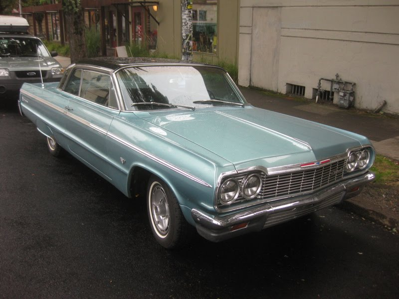 OLD PARKED CARS.: 1964 Chevrolet Impala SS Hardtop.