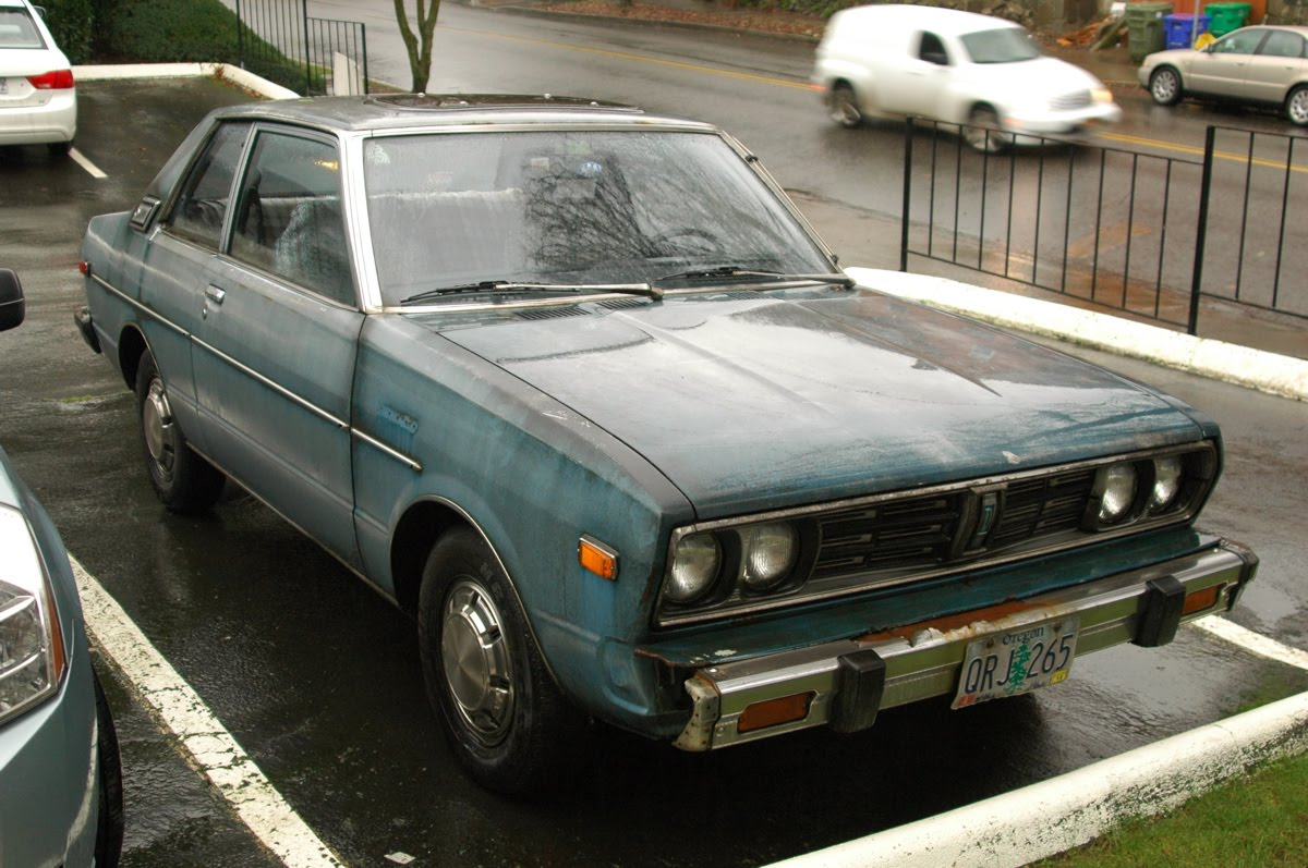 Badgeless 1978 Datsun 510