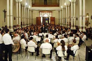 Concierto de la banda de la UAL en la Compañía de María