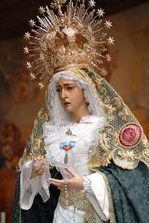 María Santísima de Gracia y Amparo permanecerá expuesta en Besamano este sábado