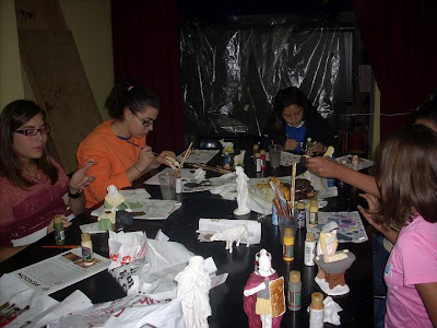 En el Perdón continúa el taller de manualidades con los más jóvenes