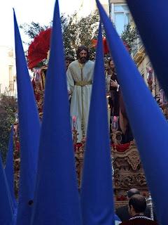 El Prendimiento sale de la Catedral