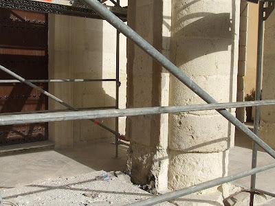 La restauración de la fachada de San Pedro nuevamente en el blog del Entierro