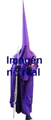 Las Angustias unificará sus túnicas en 2011
