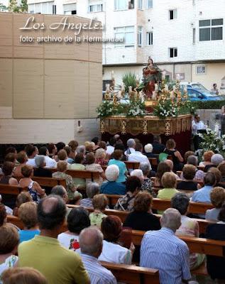 Triduo y procesión en los Ángeles en honor de su patrona