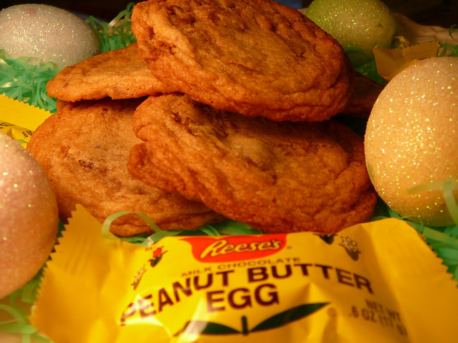 krazy cake lady: Reeses Peanut Butter Egg Cookies