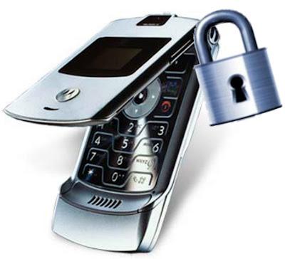 http://3.bp.blogspot.com/_TzTHrHBn9ns/SQaEOw-70VI/AAAAAAAAKAU/HFptT1S1AsM/s400/celular-e-cadeado.jpg