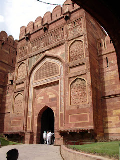 Agra fort- Agra vacation- Travelling to india