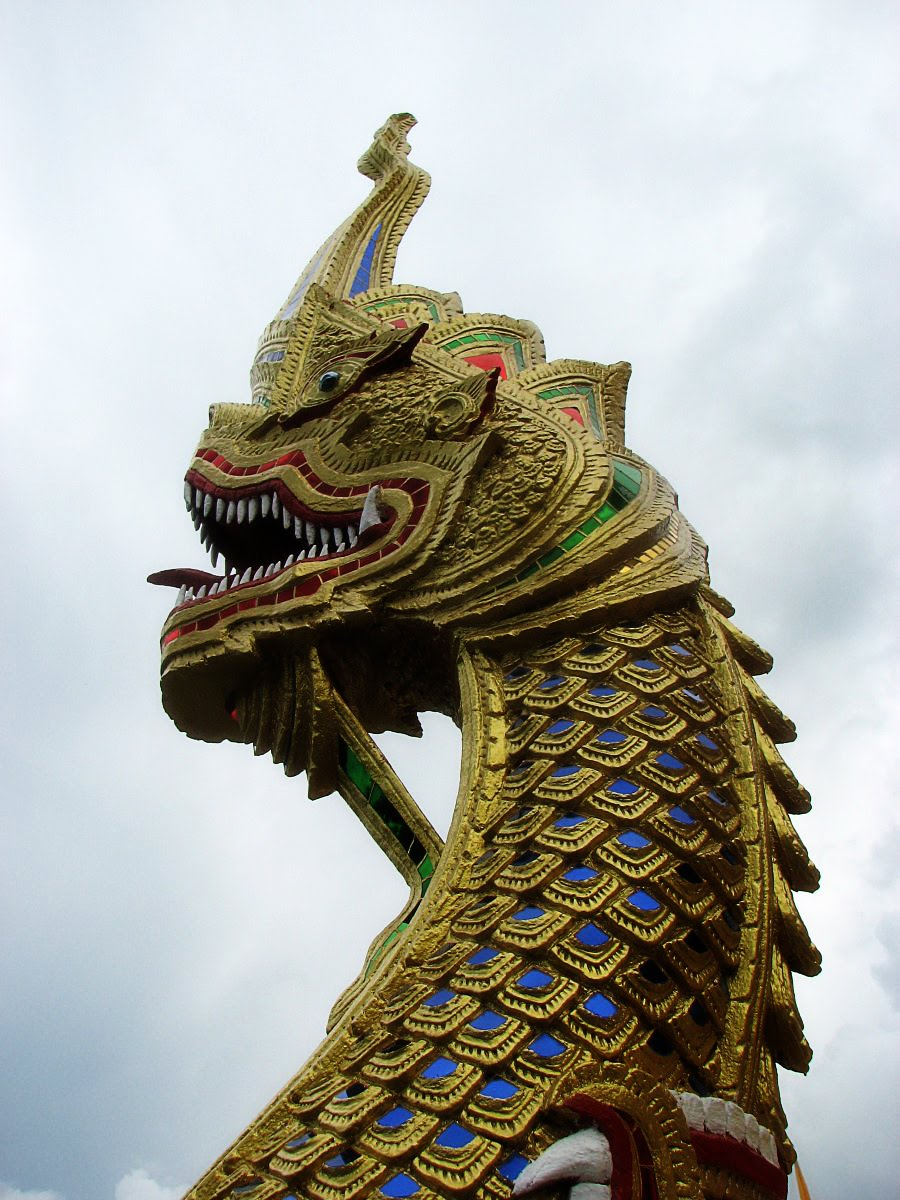 the world of statues  dragons  naga  from thailand