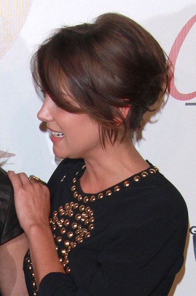Jessica Stroup's hairstyle has longer layers in the front and sides.