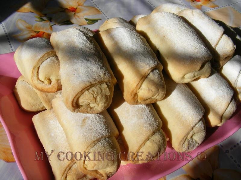 Crazy about cookies! :-) или ябълкови курабийки * Cornetti con le mele caramellate e una sfida :-)