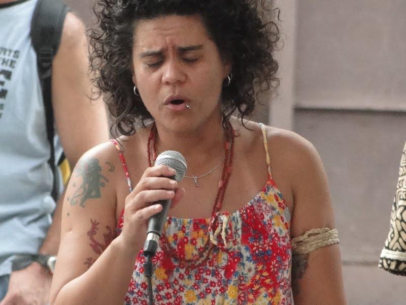 ADRIANA FREIRES ARAGÃO - MUSICOTERAPEUTA E ARTE EDUCADORA
