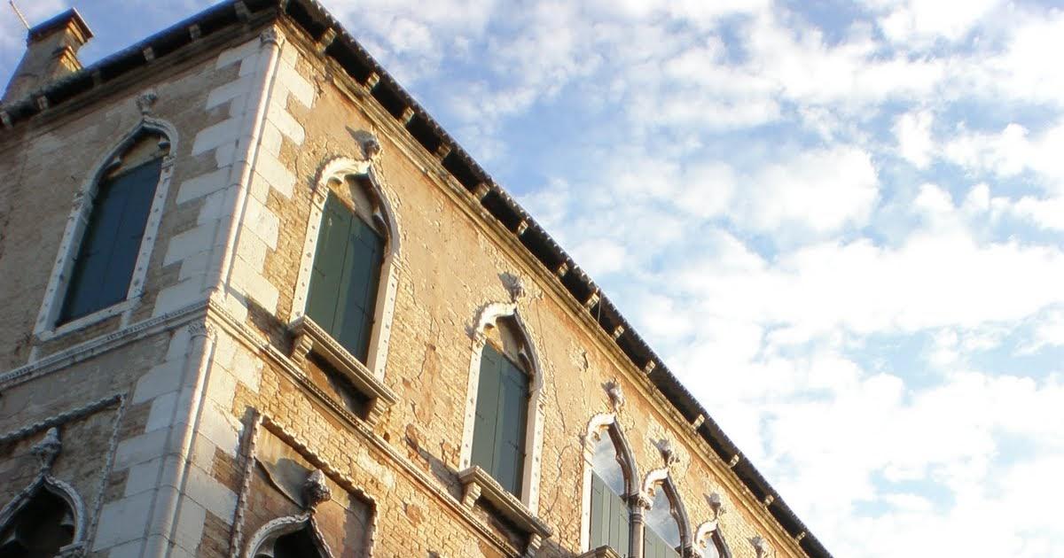 Venezia quiz gotico con otto palazzi for Piani di casa cottage gotico