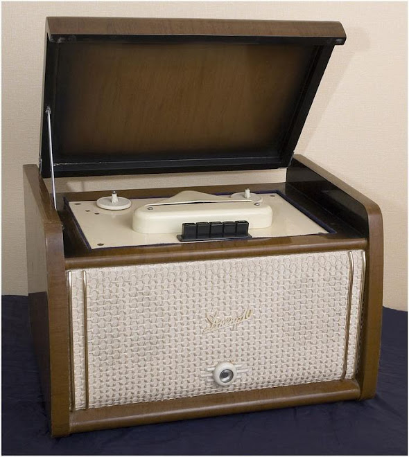 1956 г магнитофон Днепр-10