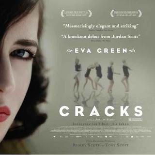 Eva Green, Cracks