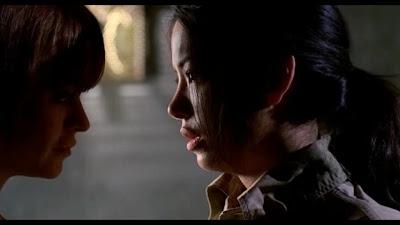 Taryn Manning and Stephanie Jacobsen, Lesbian Kiss lesmedia