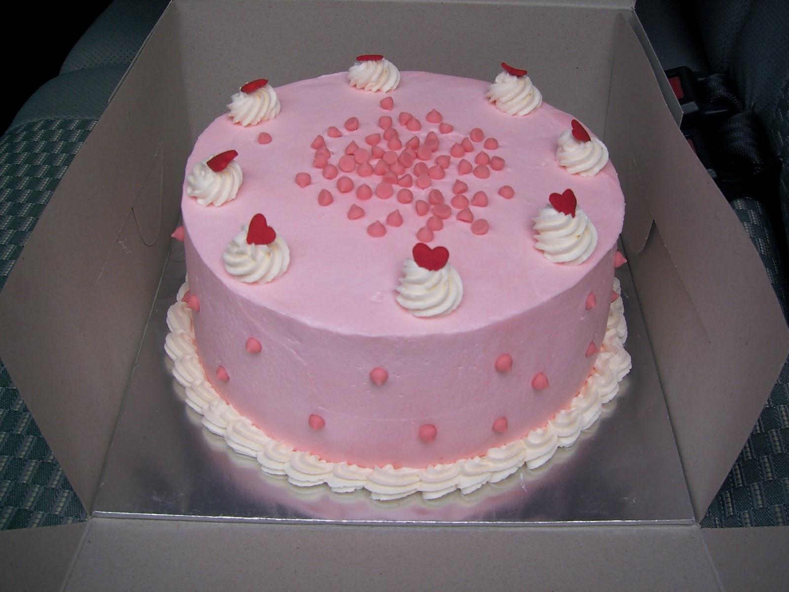 Cantik Cupcake: Strawberry Cake with Strawberry Buttercream