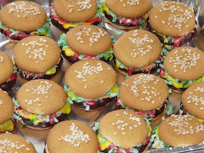 Living Life in PA: Mini Hamburger Cookies