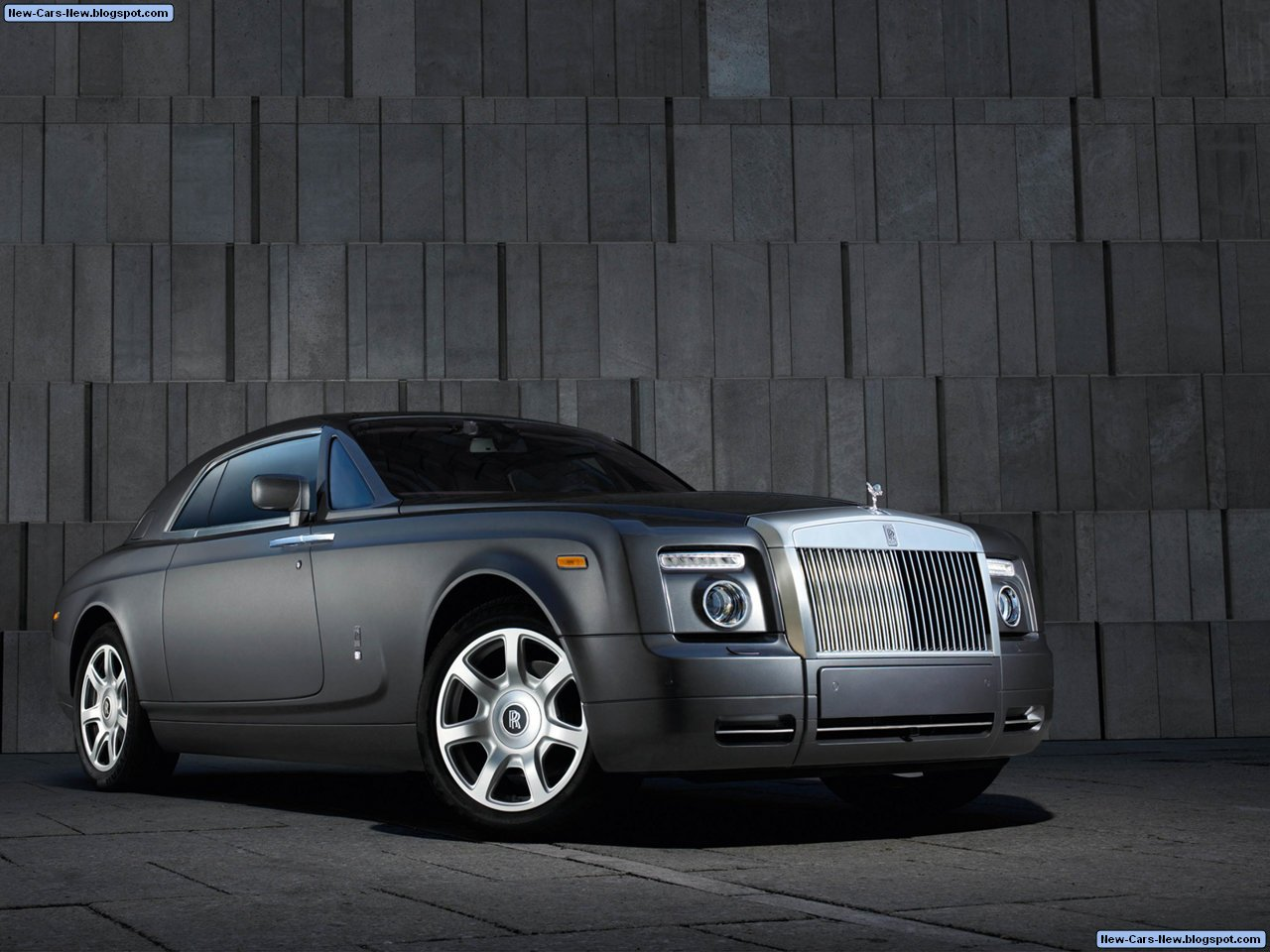 rolls royce phantom coupe 2009. Black Bedroom Furniture Sets. Home Design Ideas