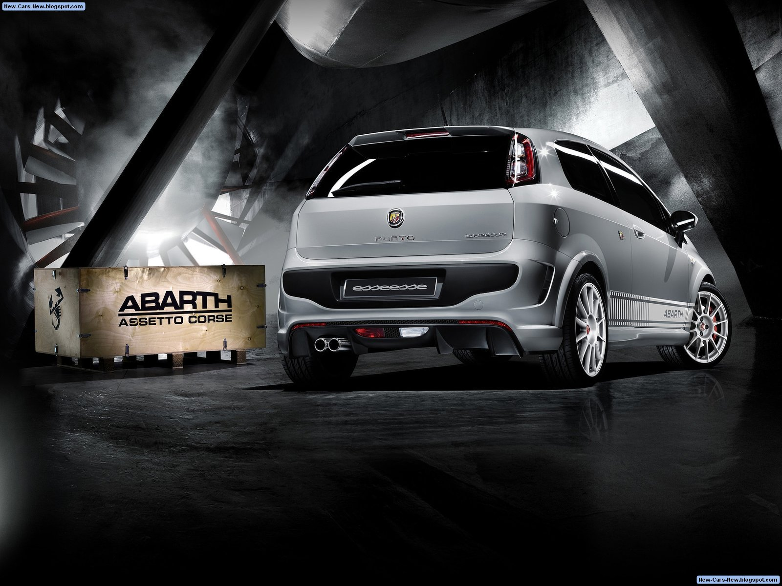 fiat punto evo abarth esseesse 2011. Black Bedroom Furniture Sets. Home Design Ideas