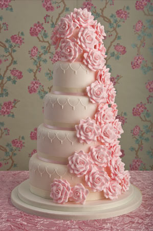 Sugar Rose Cake Design : Wedding Cakes Pictures: Pink Sugar Roses Wedding Cakes