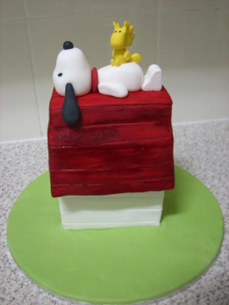 snoopy-cake-house.jpg