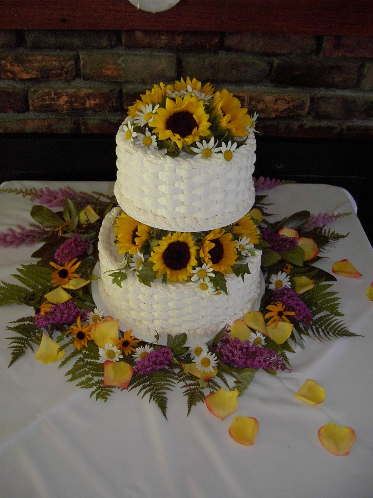 Sunflower Wedding Cakes Related Keywords & Suggestions