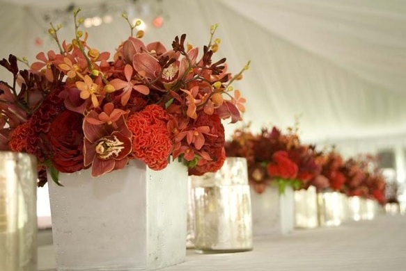 Bouquet bridal red orchids and calla lilies