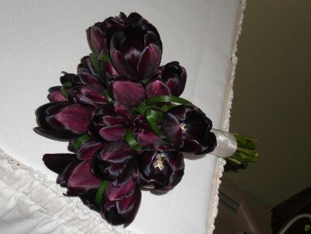 bouquet bridal purple tulips bouquet ideas