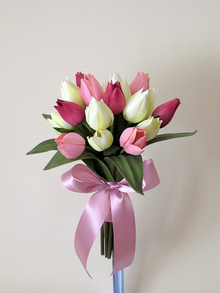 White and Pink Tulips Beautiful wedding bouquets