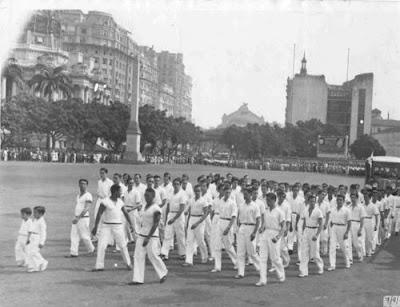 Desfile estudantil em 07 de setembro de 1935