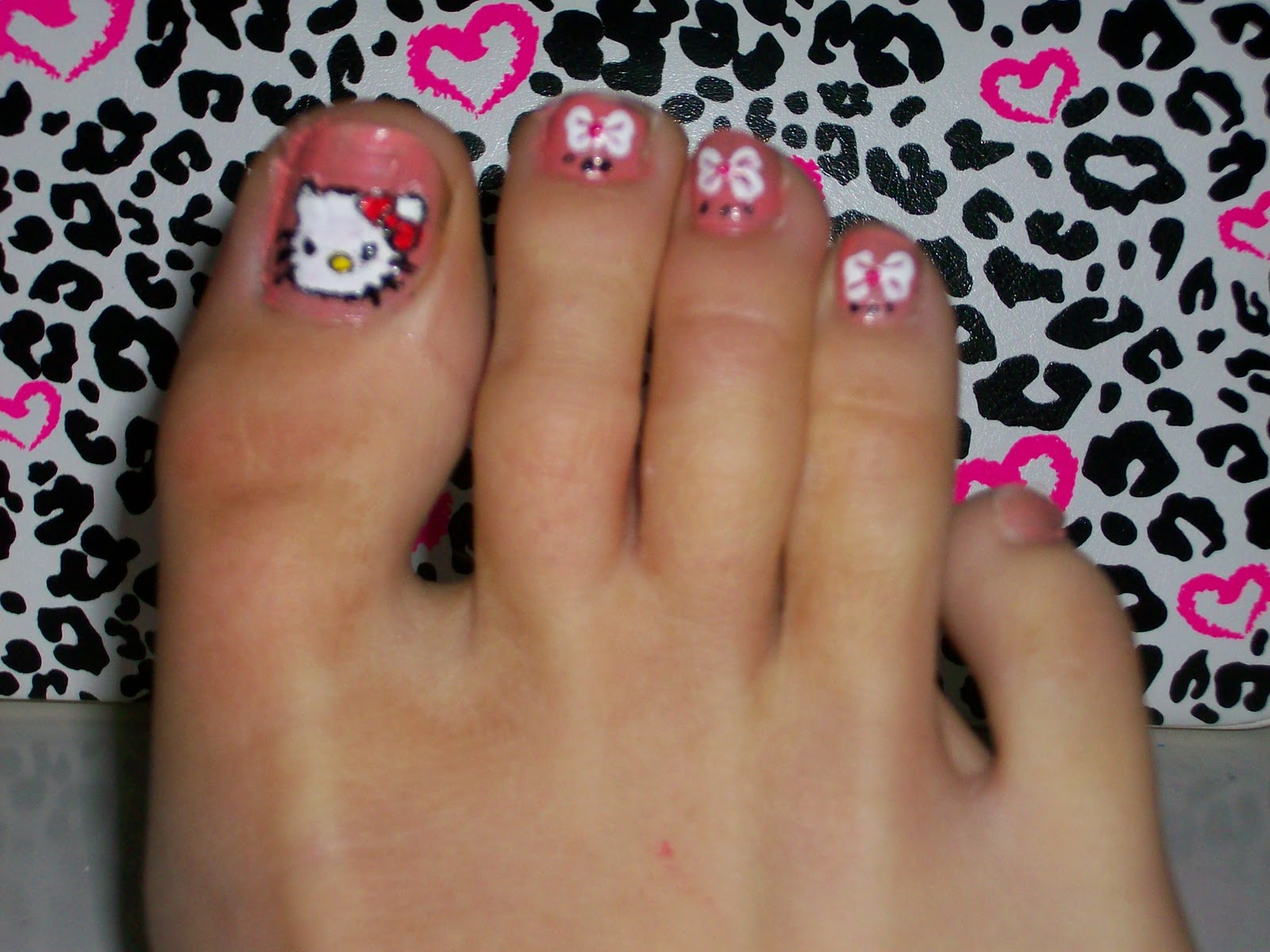 If You Can Dream It You Can Do It Hello Kitty Nail Art