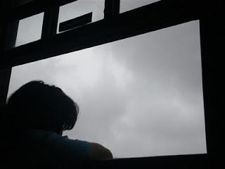 http://3.bp.blogspot.com/_U6zWd5uJJ-Q/RtYXHWQBMLI/AAAAAAAAACI/hmY3y-HTUg4/s320/Janela.jpg