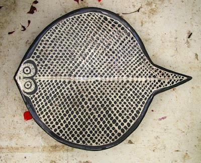 Black fish net ray