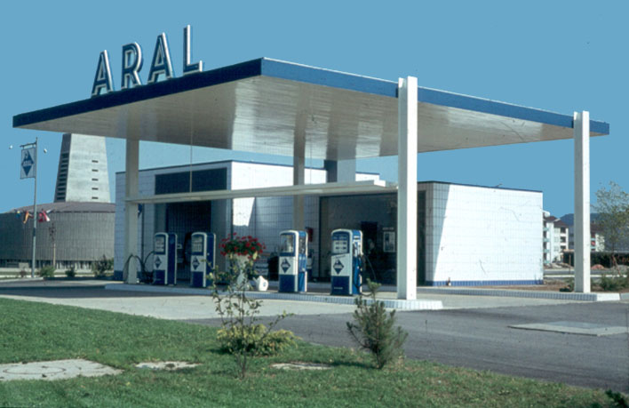 Very Best 1960 Gas Station 708 x 459 · 67 kB · jpeg