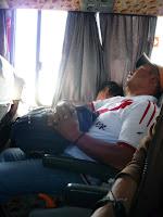 Dormido en el autobús