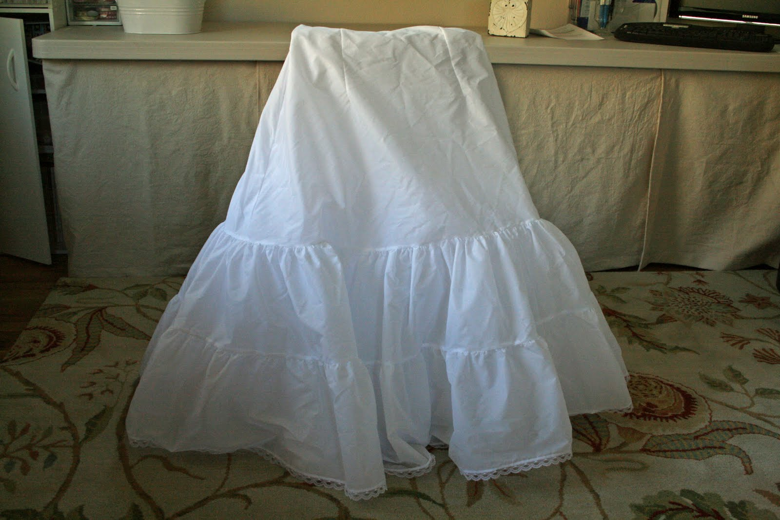 Frills Fluff and Trucks: Wedding Crinoline into Dress Up Skirt Tutorial