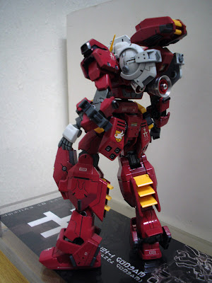 1/144  RX-121-1 Gundam TR-1 [Hazel Costum] IMG_0044